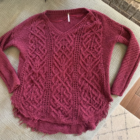 Free People Sweaters - Free people maroon sweater cable knit chunky S